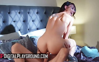 Aidra Fox twerks her sputter tush on Scott's big cock