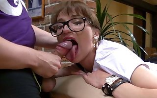 Chelsy Sun's big Mouth begs for my Dick ( french amateur )