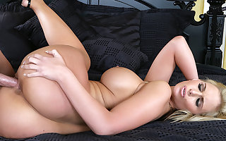 Deepthroating MILF Phoenix Marie Takes Young BF to His Limit