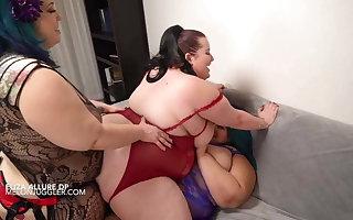 SSBBW Eliza Allure all girl double penetration