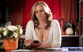 Hot Mature Lady (julia ann) With Big Round Tits Fancy Sex movie-18