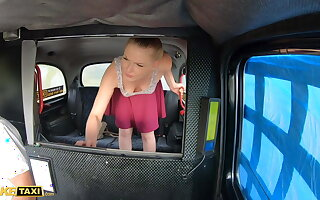 Pretend Obsolete horse-drawn hackney – Hot Russian Lucy Heart Tries Cabby's English Sausage