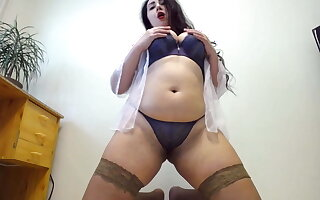 Awesome bbw milf with perfect round ass and buttplug inside