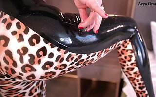 Latex rubber Tight Catsuit with Leopard Print – Arya Grander