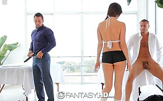 HD FantasyHD - Holly Michaels massages duo guys curves into threesome