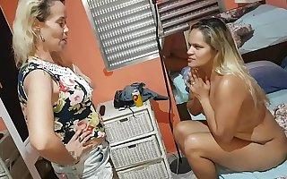 Foi Dar Encima de Homem Casado na Favela e levou uma surra daquelas !!! Paty Bumbum - Fada Mel - El Toro De Oro
