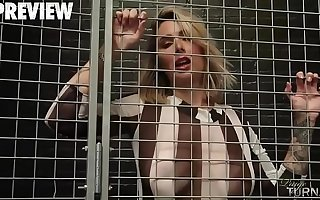 Chunky ASS PAIGE TURNAH IS IN JAIL Plus WANTS TO SUCK DICK