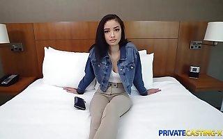 Private Casting X - Cute firsttimer fuck interview Scarlett Bloom