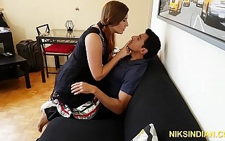 Gori Ma'am intoxicates Indian chum added to gets her ass added to pussy fucked