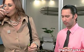 Full-grown well-endowed cougar star Julia Ann facialized
